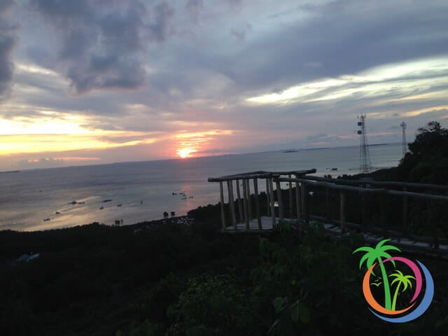 bukit jokotuwo asyiknya menikmati sunset