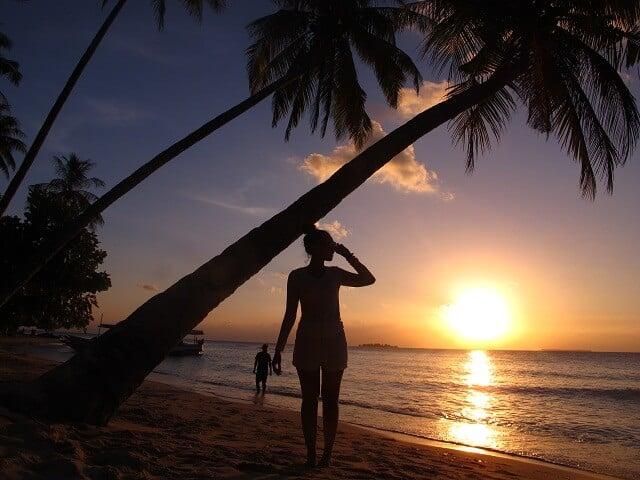 sunset di pantai ujung gelam karimunjawa